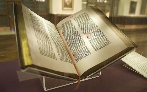Biblia Gutenberga. 1450–1455. 4,9 milionów dolarów.