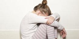 Dwaj mężczyźni próbowali zgwałcić 14-latkę podczas imprezy