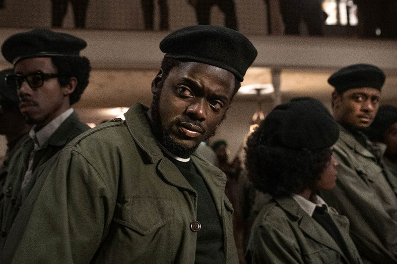 "Daniel Kaluuya w filmie ""Judas and the Black Messiah"""