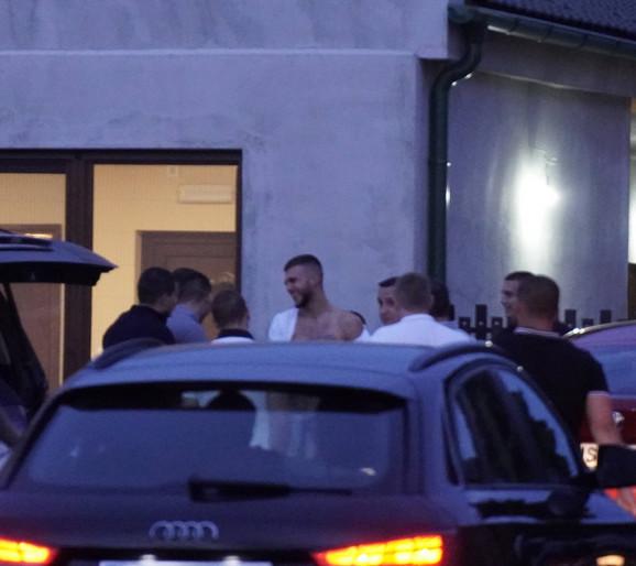 Veljko Ražnatović sa gostima u Titelu