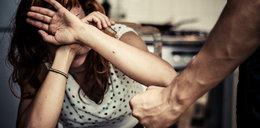 Zmasakrował jej twarz, bo odmówiła mu seksu