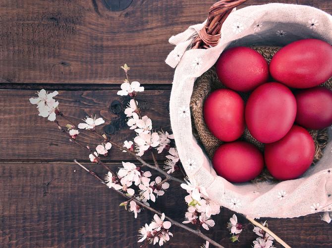 ČUVARKUĆA: Crveno uskršnje jaje kojim deci trljamo obraze
