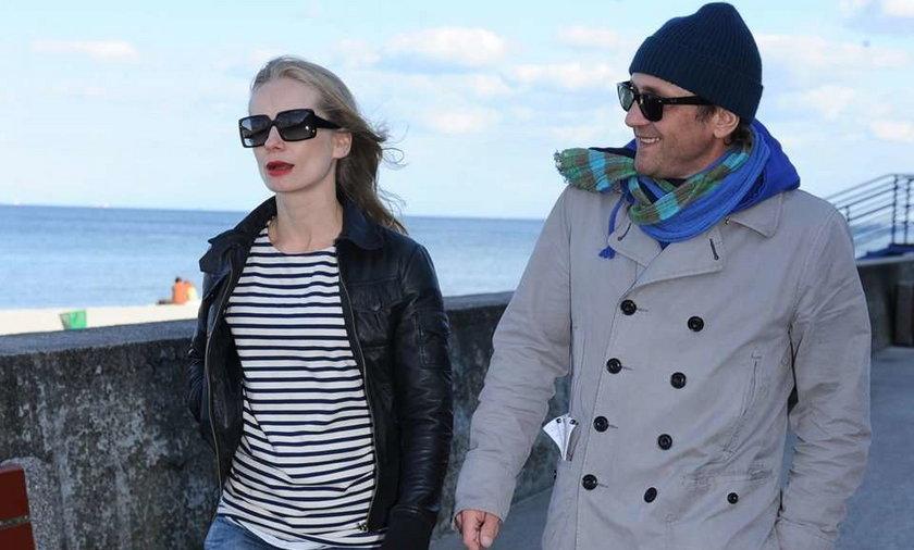 Chyra i Cielecka na romantycznym spacerze
