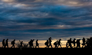 Szef operacji na M. Śródziemnym: 109 przemytników migrantów w areszcie