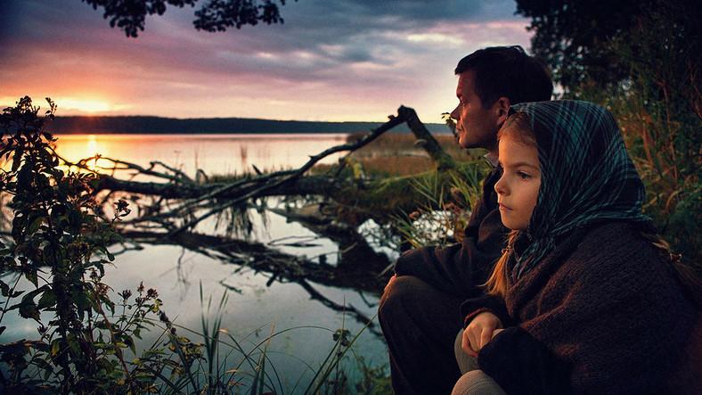 Przyjaciele: 6-latka i wiejski oryginał (Ewelina Zawistowska i Jacek Braciak)
