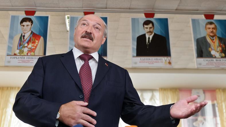 Łukaszenka chce przysłania rosyjskich samolotów