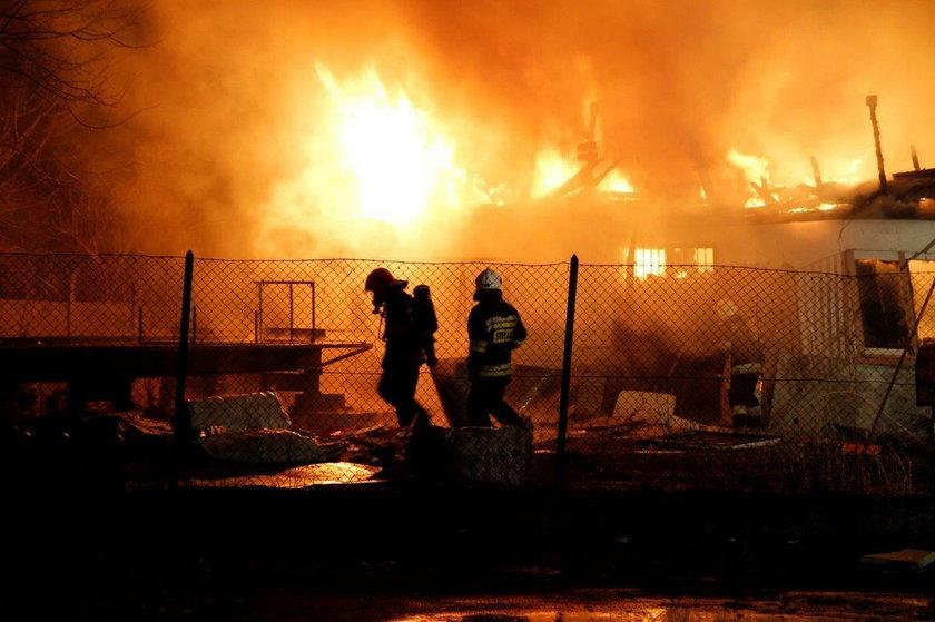 Akcja strażaków trwała 3 godziny
