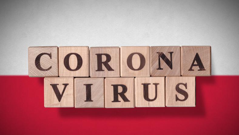 Polska, koronawirus, epidemia, pandemia, wirus, covid-19, flaga. / fot. Shutterstock