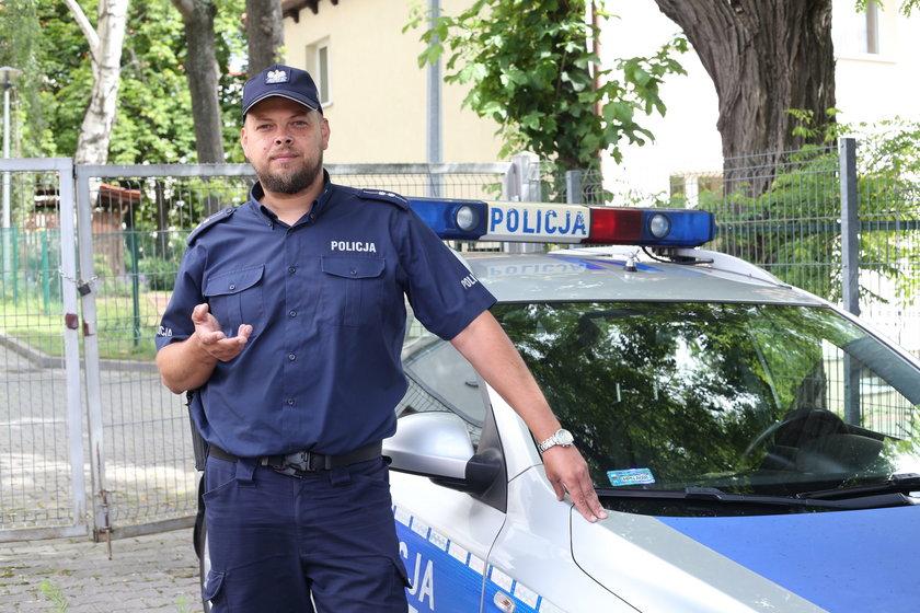 asp. Rafał Dąbrowski, jeden z bohaterów sobotniej akcji w Sobieszewie