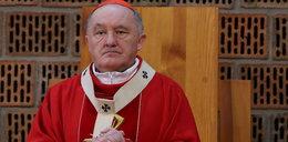 Kardynał Nycz modli się za ofiarę ataku na plebani i sprawcę