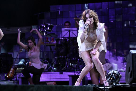 Severina peva u Bečićima