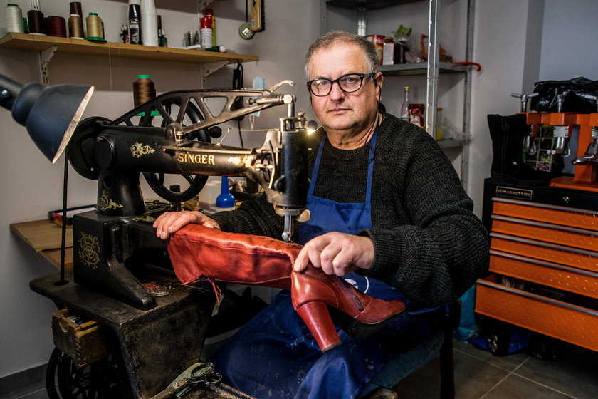 Pan Mietek otworzył zakład szewski w dobie pandemii