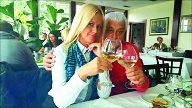 Nazdravljaju uspesima: Jelena Veselinović i Miroslav Muta Nikolić