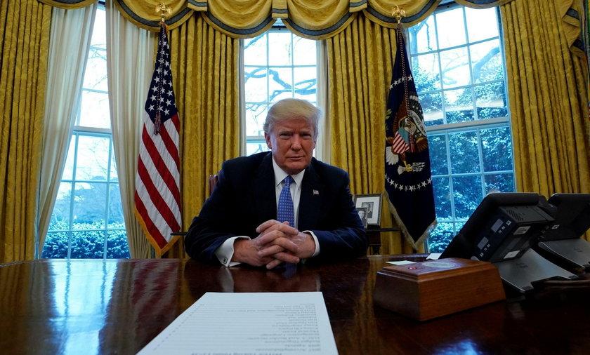 Donald Trump odpowie na pytania prokuratora