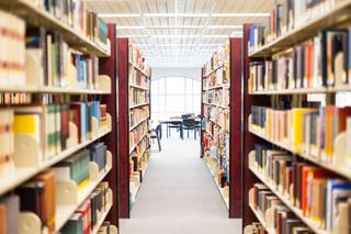 Czy biblioteki we współczesnym świecie są jeszcze nam potrzebne?