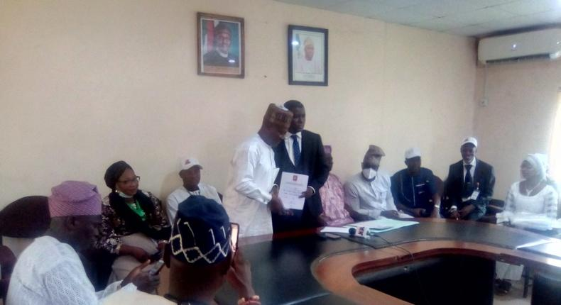 32 newly elected LG Chairmen receive Certificates of Return in Oyo. [Daily Post]