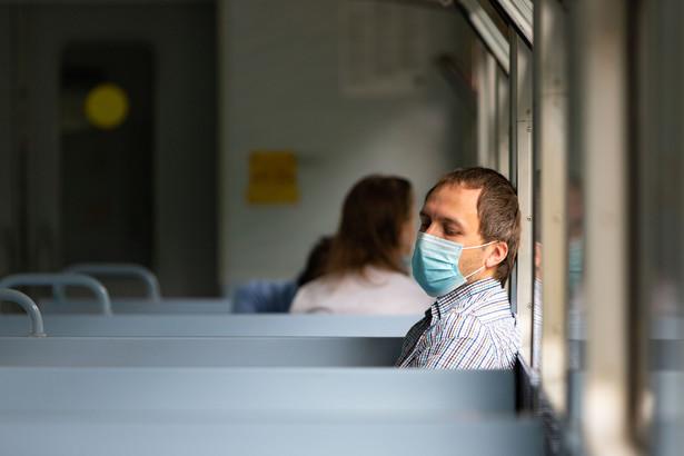 Maseczka, koronawirus, pandemia