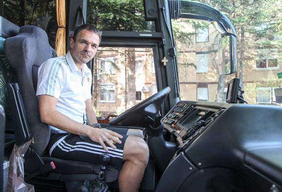 Nikola Drinčić za volanom autobusa