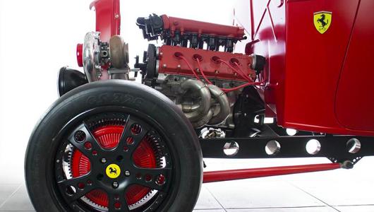 Ciekawostka z ogłoszenia – hot rod z silnikiem Ferrari