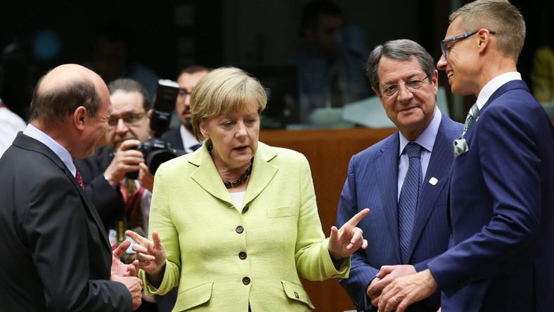 Ruszył unijny szczyt: Ukraina, sankcje wobec Rosji i stanowiska