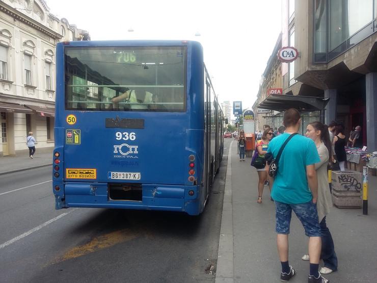 Autobus 706