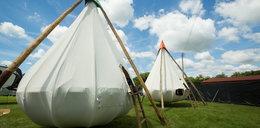 Luksusowe wnętrza namiotów. Tak biwakują gwiazdy