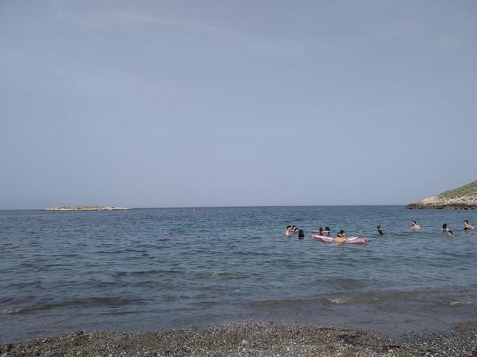Ljudi se kupali, sunčali,. nije bilo kontrole
