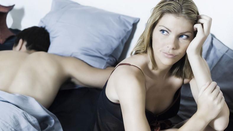 Dalsza stymulacja pomoże w utrzymaniu napięcia seksualnego, a dzięki za niedługą chwilę będzie można spróbować odbyć stosunek jeszcze raz. Wtedy na pewno potrwa on dłużej
