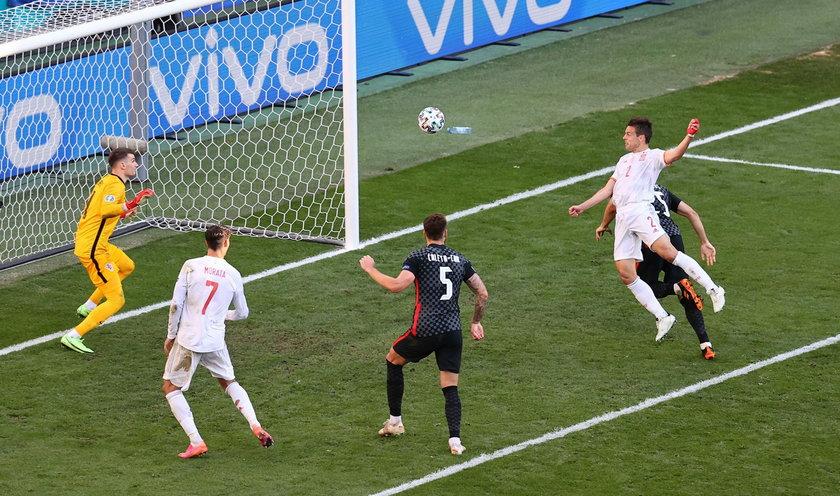 Reprezentacja Hiszpanii w kiepskim stylu rozpoczęła mistrzostwa Europy, od dwóch remisów (w w tym z Polską 1:1) strzelając w tych meczach tylko jednego gola.