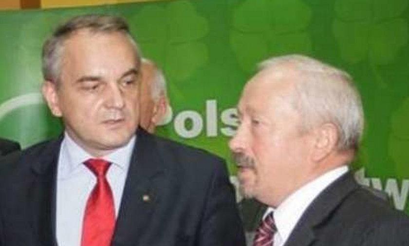 Waldemar Pawlak i dyrektor Włodzimierz Guzowski