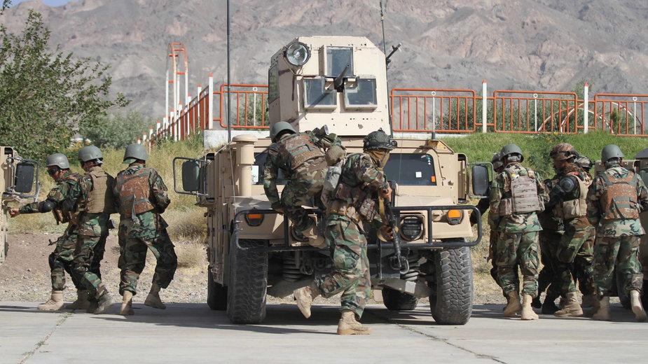 Ćwiczenia żołnierzy w Herat w Afganistanie