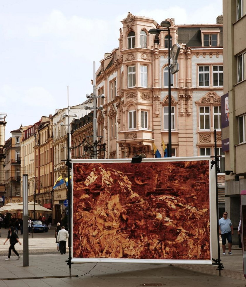Katowice. Zniszczony obraz Martina Nielaby