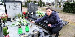 """Spór na cmentarzu w Dobrym Mieście. """"Sąd kazał mi rozebrać grób syna"""""""