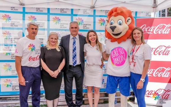 Miloš Stevanić, Ivana Jovanović, Branislav Damjanovski, Iva Zelenović