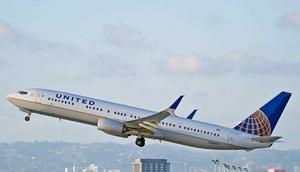 A United Airlines Boeing 737 airplane.