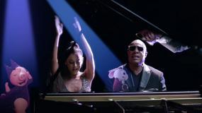 """Ariana Grande i Stevie Wonder w klipie dla animacji """"Sing"""""""