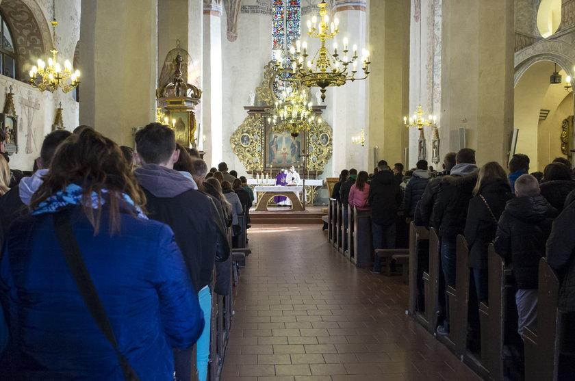 Złodzieje okradli plebanię podczas mszy