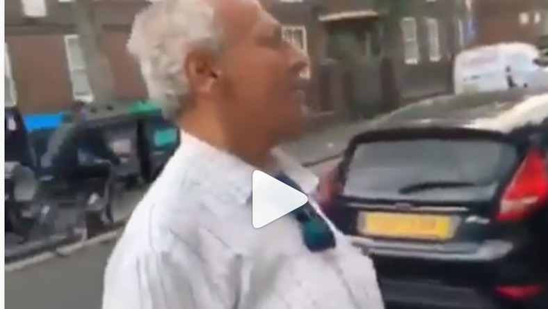 Video of white old man speaking fluent Twi on the streets in London is amazing
