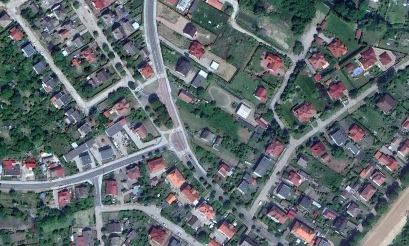 Mieszkańcy Barlinka mają problem z czarnymi dachami domów.