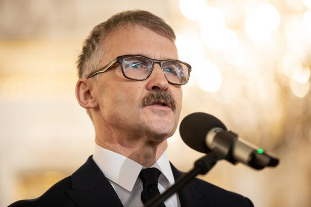 Po podjęciu przez KRS uchwały o odwołaniu przewodniczącego i rzecznika Rady, sędzia Maciej Mitera w rozmowie z PAP wyraził wątpliwość co do zgodności z prawem tej decyzji. Fot. Leszek Mazur.