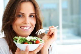 Jedz wolniej, szybciej schudniesz