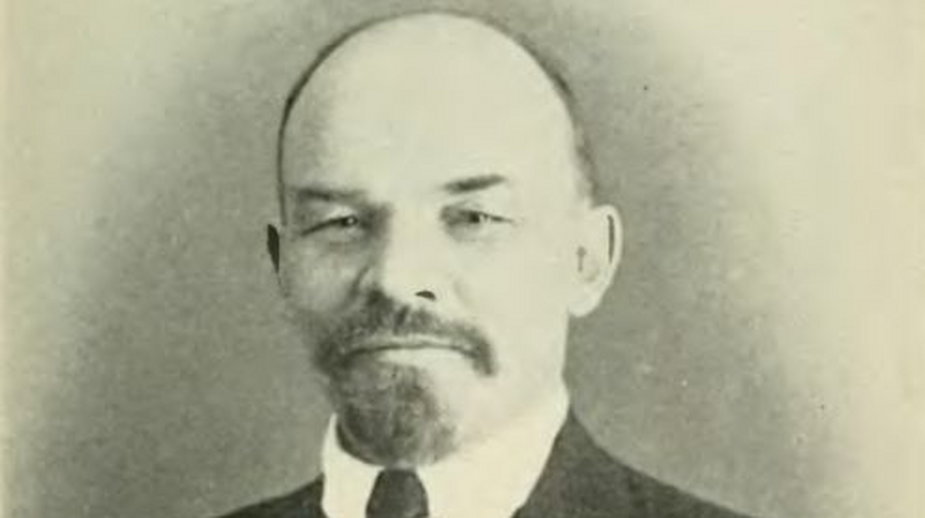 Włodzimierz Iljicz Lenin (1870-1924), zdjęcie wykonane ok 1916 r. w Szwajcarii