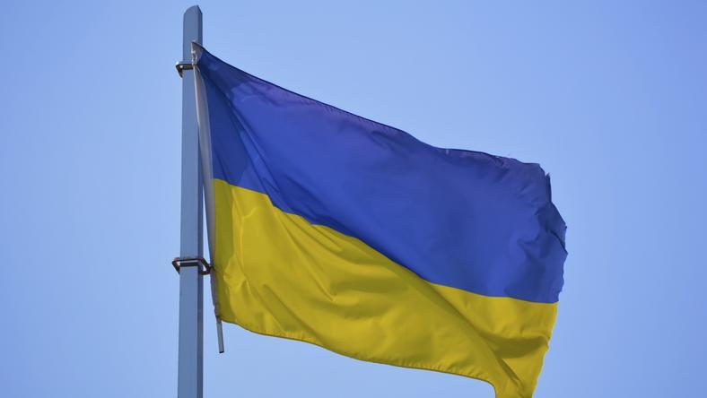 Wrocław: rodzic stanął przed sądem za zerwanie ukraińskiej flagi w szkole