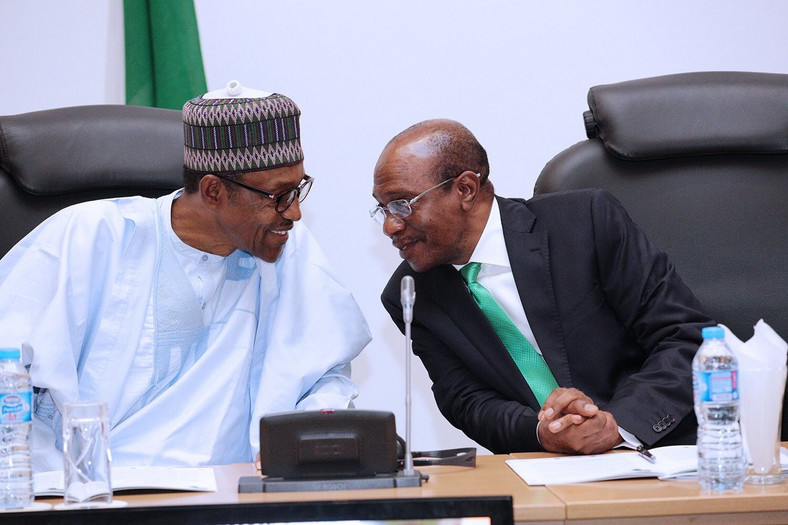 President Muhammadu Buhari with CBN Governor, Godwin Emefiele [TheCable]