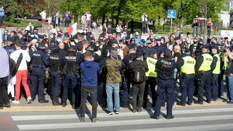 Na zdjęciu: protest przedsiębiorców w Warszawie 8 maja. Kolejny ma odbyć się w sobotę 16 maja, wtedy też do stolicy chcą przyjechać górnicy