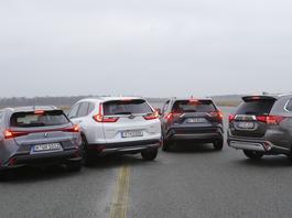 Toyota RAV4 kontra Lexus UX i Honda CR-V – trzy pomysły na hybrydowego SUV-a
