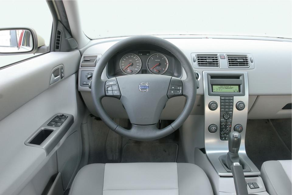 Aktualne Czy warto kupić używane Volvo? NV13