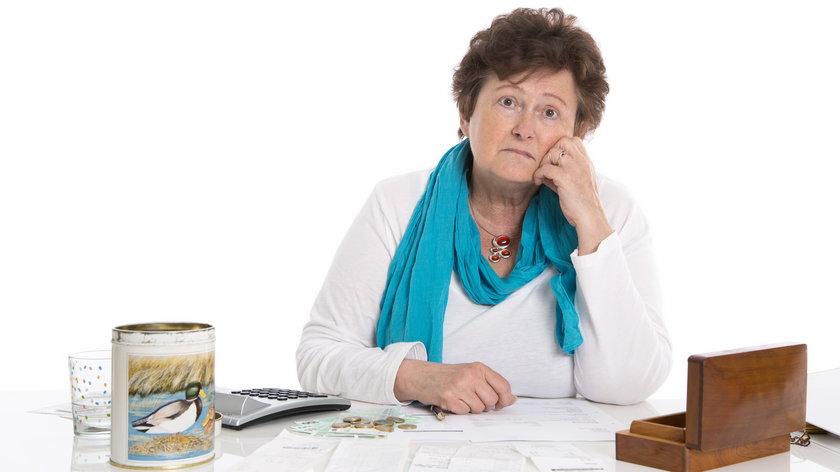 stażowa emerytura wyniosłaby co najmniej 1066 ł na rękę