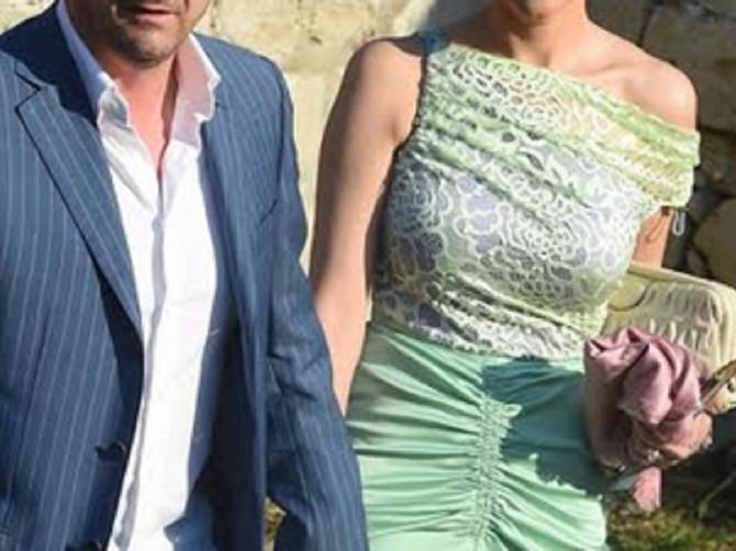 Da tek vidite ostatak njene haljine: Aneta Mijatović sa suprugom Predragom Mijatovićem