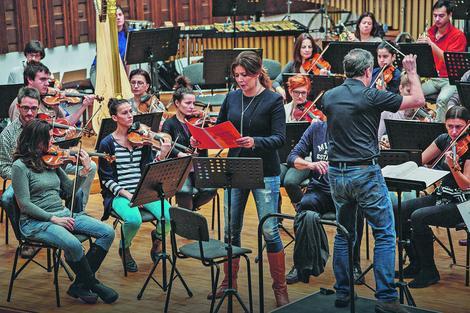 Kežual: Milijana Nikolić, beogradski filharmoničari i Fabris Bolon na probi